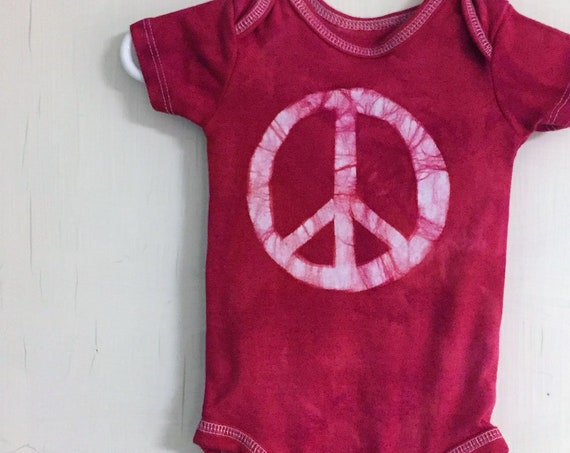 Peace Sign Baby Bodysuit, Baby Peace Sign Bodysuit, Peace Sign Baby Gift, Red Newborn Baby Gift, Gender Neutral Baby Gift (0-3 months)