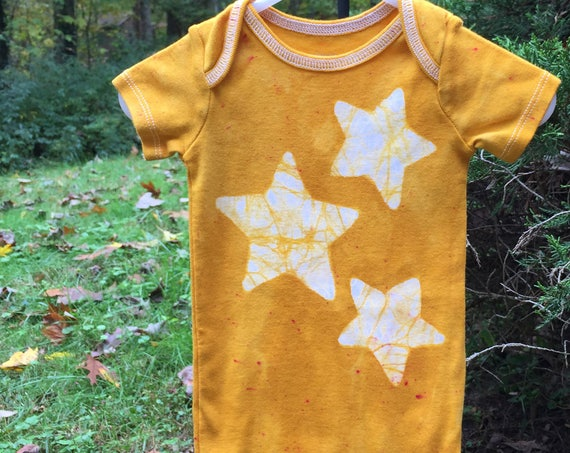 Star Baby Bodysuit, Yellow Baby Bodysuit, Yellow Baby Gift, Gender Neutral Baby Gift, Baby Shower Gift, Baby Boy, Baby Girl (12 months)