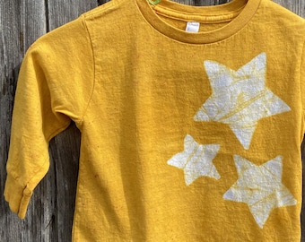 Kids Star Shirt, Boys Star Shirt, Girls Star Shirt, Kids Celestial Shirt, Yellow Star Shirt, Batik Kids Shirt, Toddler Star Shirt (3T)