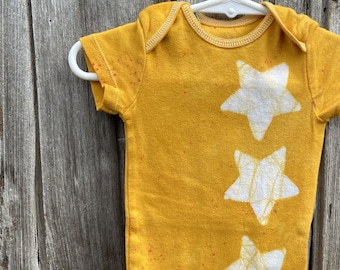 Star Baby Bodysuit, Yellow Baby Bodysuit, Yellow Baby Gift, Gender Neutral Baby Gift, Baby Shower Gift, Baby Boy, Baby Girl (3-6 months)