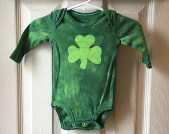 St. Patrick's Day Baby Bodysuit, Shamrock Baby Bodysuit, Baby Boy Shamrock Bodysuit, Baby Girl Shamrock Bodysuit, Shamrock Baby Gift