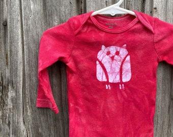 Owl Baby Bodysuit, Owl Baby Gift, Baby Owl Gift, Gender Neutral Baby Gift, Red Baby Gift, Red Owl Baby Bodysuit (9 months)