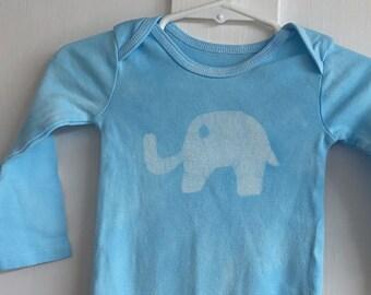 Elephant Baby Gift, Elephant Baby Bodysuit, Blue Elephant Bodysuit, Neutral Baby Shower Gift, Baby Girl Gift, Baby Boy Gift (6-9 months)
