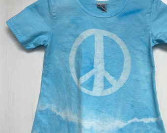 Girls Peace Sign Dress, Blue Peace Sign Dress, Batik Peace Sign Dress, Blue Girls Dress, Girls Tie Dye Dress, Girls Light Blue Dress (6)