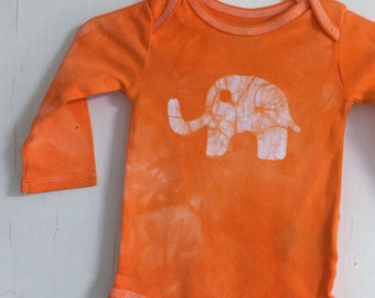 Elephant Baby Gift, Elephant Baby Bodysuit, Orange Elephant Bodysuit, Neutral Baby Shower Gift, Baby Girl Gift, Baby Boy Gift (3-6 months)