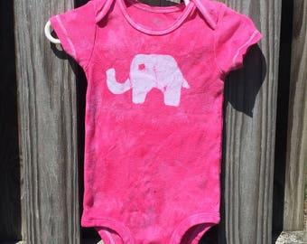 Elephant Baby Gift, Elephant Baby Bodysuit, Baby Elephant Bodysuit, Baby Shower Gift, Baby Girl Gift, Baby Boy Gift, Elephant Baby Shower