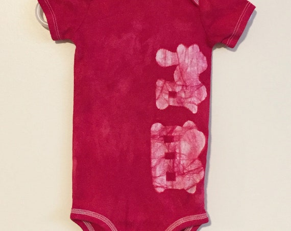 Train Baby Bodysuit, Train Baby Gift, Baby Shower Gift, Baby Boy Gift, Red Train Baby Bodysuit, Red Baby Gift, Baby Girl Gift (12 months)