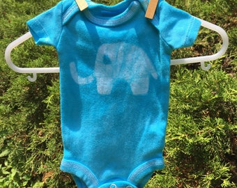 Preemie Baby Bodysuit, Preemie Boy Gift, Preemie Girl Gift, Elephant Baby Bodysuit, Elephant Baby Gift, Blue Elephant Bodysuit, Preemie Baby