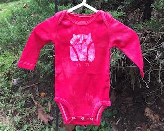 Owl Baby Bodysuit, Owl Baby Gift, Baby Owl Gift, Gender Neutral Baby Gift, Red Baby Gift, Red Owl Baby Bodysuit (3 months)