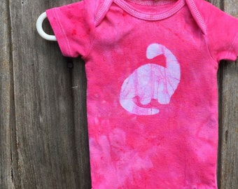 Dinosaur Baby Bodysuit, Dinosaur Baby Gift, Brontosaurus Baby Gift, Pink Dinosaur Baby Bodysuit, Pink Baby Gift, Baby Shower (0-3 months)