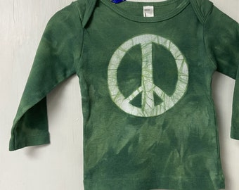 Baby Peace Sign Shirt, Peace Sign Shirt for Baby, Peace Sign Baby Gift, Green Baby Gift, Gender Neutral Baby Gift, Green Peace Shirt (12m)