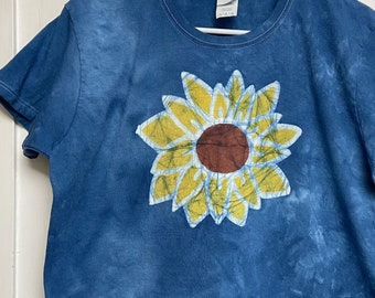 Sunflower Shirt, Sunflower Top, Ladies Sunflower T-Shirt, Womens Sunflower T-Shirt, Blue Sunflower Shirt, Gift for Gardener (Ladies L)