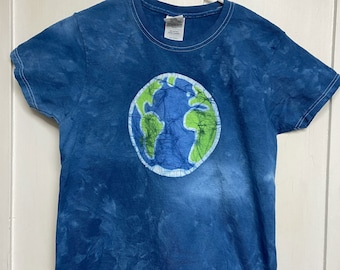Earth Day Shirt, Batik Earth Shirt, Ladies Earth Shirt, Ladies Earth Day Shirt, Womens Earth Day Shirt, Planet Earth Shirt, Globe Shirt