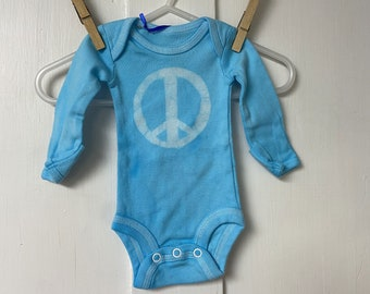 Preemie Baby Gift, Preemie Baby Peace Sign, Baby Going Home Outfit, Peace Sign Gift, Blue Peace Bodysuit, Preemie Baby Bodysuit (Preemie)
