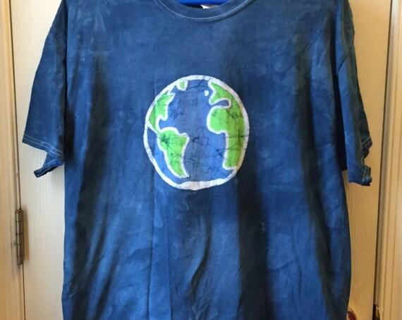 Earth Day Shirt, Batik Earth Shirt, Adult Earth Shirt, Ladies Earth Shirt, Mens Earth Shirt, Planet Earth Shirt, Globe Shirt (L)