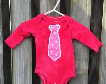 Valentine's Day Baby Bodysuit, Baby Bodysuit with Tie, Baby Boy Valentine's Day, Baby Girl Valentine's Day, Heart Necktie (3 months)