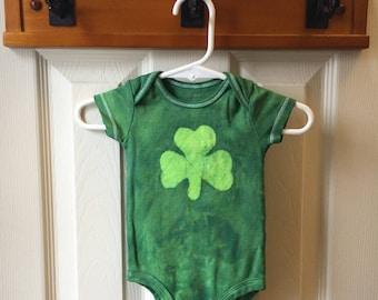 St. Patrick's Day Baby Bodysuit, Shamrock Baby Bodysuit, Boy Shamrock Bodysuit, Girl Shamrock Bodysuit, Shamrock Bodysuit, Shamrock Gift