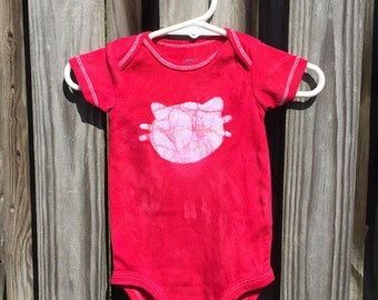Cat Baby Bodysuit, Baby Cat Bodysuit, Red Cat Bodysuit, Red Cat Baby Gift, Gender Neutral Baby Gift, Baby Shower Gift (6 months)