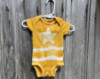 Star Baby Bodysuit, Star Baby Gift, Celestial Baby Gift, Tie Dye Baby Bodysuit, Star Baby Shower Gift, Gender Neutral Baby Gift