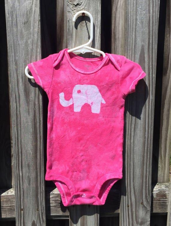 Elephant Baby Gift, Elephant Baby Bodysuit, Pink Elephant Bodysuit, Pink Baby Gift, Baby Shower Gift, Baby Girl Gift (9 months)