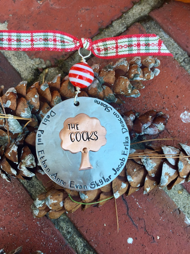 Family personalized ornament  christmas ornament with names image 0