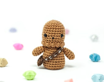 Chewbacca / Star Wars / Crochet / Amigurumi / Chewie / Wookiee / Plushie / Miniature