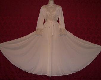 78adc0325e Exquisite vintage OLGA bodysilk cream nylon ecru lace formfit nightgown and  peignoir set.212