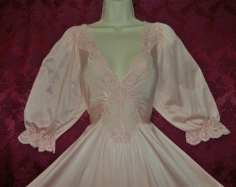 5f38a9a0af Fabulous rare style vintage OLGA shell pink formfit nightgown with sleeves