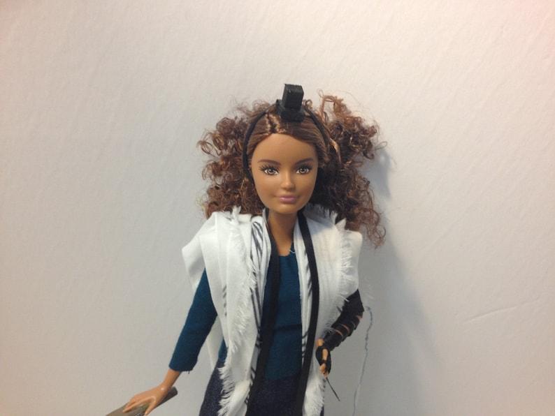 Tefillin Barbie Lockige Braune Haare Zierlich Gebaut Braune Etsy