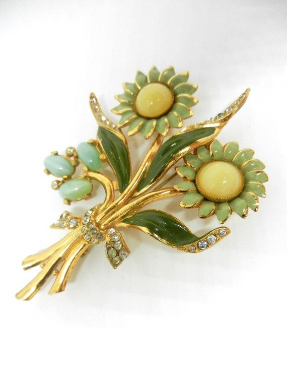 Pin brooch Enamel Sunflower gold tone elegant beautiful Gift AD