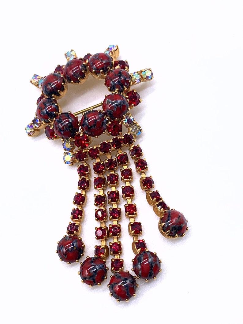 Vintage rhinestone dangle Brooch with quality Art Glass Cabochons pronged on gold tone setting art.4186 1960s fringetassel pin