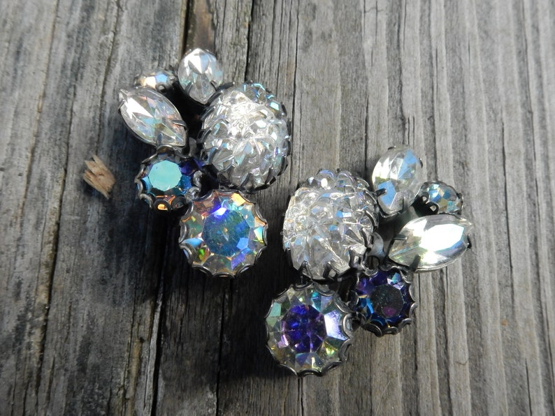 Vintage Signed SCHIAPARELLI Crystal AB Mountain Top Lava Art Glass Clip On Earrings