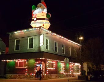 night photo, Broadway Bar, dive bar, Grand Rapids, Michigan, Christmas bar, holiday lights tavern, santa decor, vintage architecture, decor