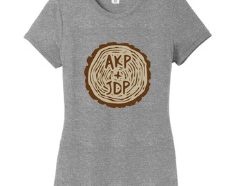Custom Carved Tree Trunk - Personalized Women's Fitted T-Shirt