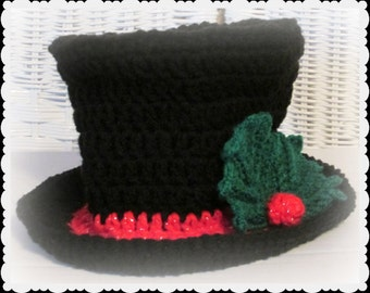 Christmas Baby Top Hat in crochet, Christmas Photo prop, Victorian Photo prop