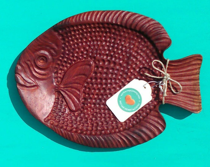 Go FISH Shallow Bowl Carved in Mahogany Wood, Hand Carved Tropical Wood Fish Platter, Beach Home Decor, House Warming Gift, Wedding Gift