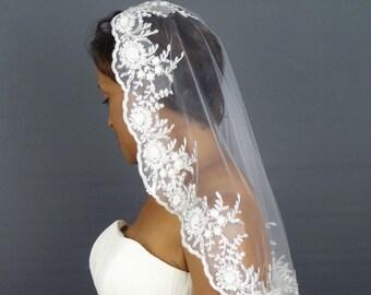 Lace Wedding Veil, White Mantilla Veil, 1-Tier Lace Veil, Elbow Length Veil, White Lace Veil, Beaded Lace Veil