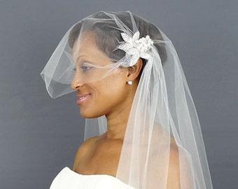 Juliet Cap Wedding Veil with Beaded Appliques, Vintage Veil, Wedding Veil, Waltz Length Veil