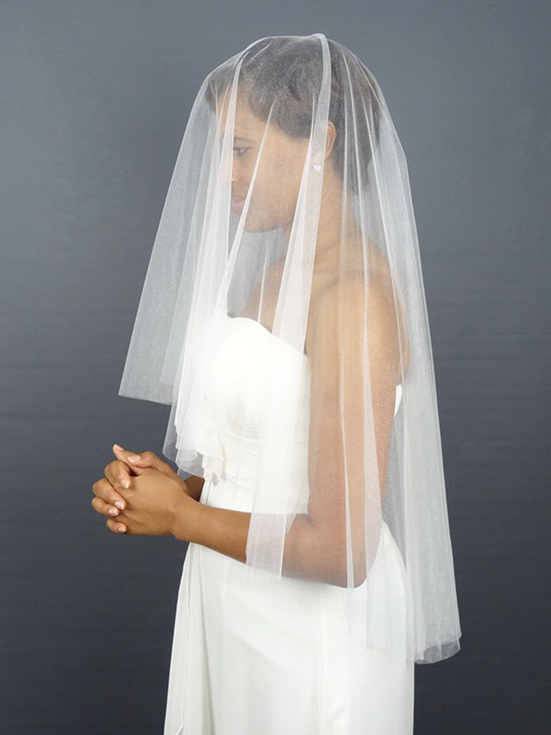 White Soft Tulle Circular Wedding Veil with Cut Edge Waist image 0