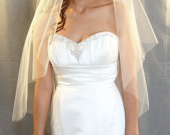 Wedding Veil in Cascade Cut Style with Cut Edge, Fingertip Veil