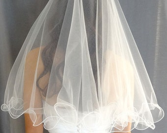 Wedding Veil with Curly Edge Trim, 2-Tier Bridal Veil