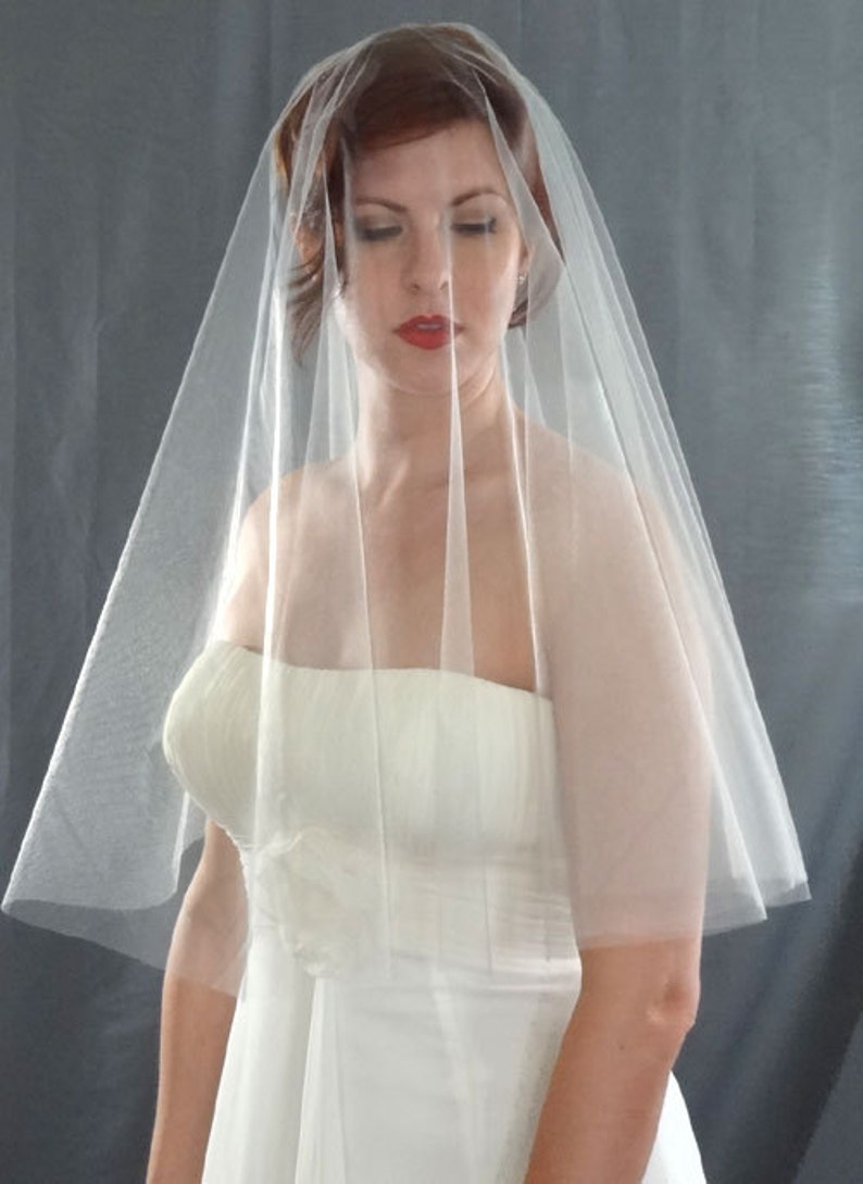 Silver Drop Wedding Veil with Plain Cut Edge Bridal Veil in image 0
