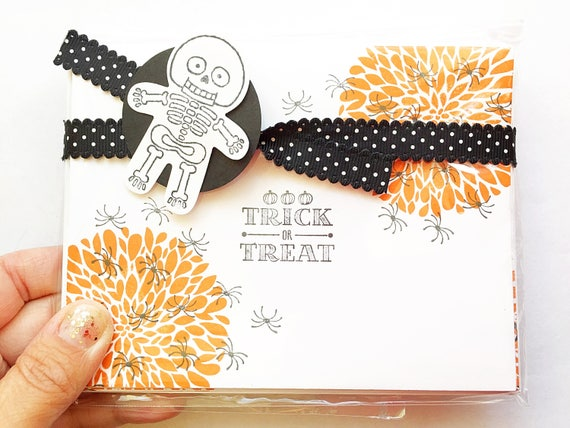 Halloween Stationery. Fall Gift. Halloween Cards. Halloween Notecards. Kid Stationery. Halloween Stamped cards. Skeleton Cards. Spider Cards