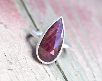 Rose Cut Ruby Dark Pink Sapphire Drop Ring Silver Corundum Modern Simplicity Red Merlot Vine July Birthstone Statement Band - Marbled Cherry