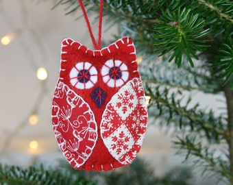Owl Christmas ornaments, Bird Christmas ornaments, Handmade felt owl ornaments, Red and white owl decorations, Scandinavian Christmas decor.