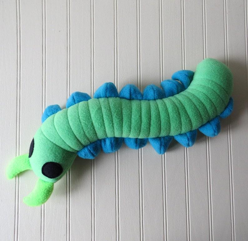 how to make a centipede craft