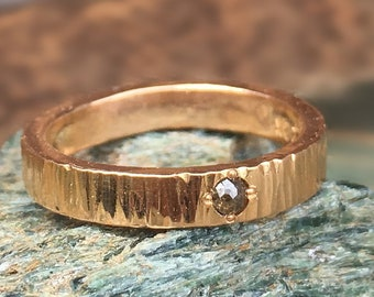 22k Hammered Red Gold Band