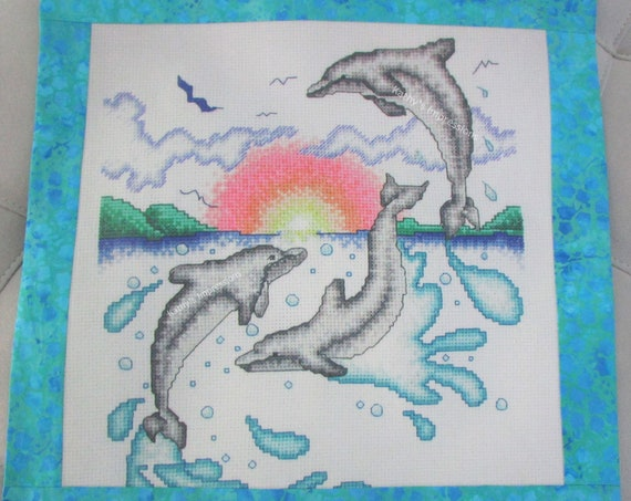 """DOLPHINS Pillow Cover, Beach Ocean Waves Coastal Playing Sunrise Tropical Hawaii Cross Stitch Look~ Fits 18"""" Pillow Form"""