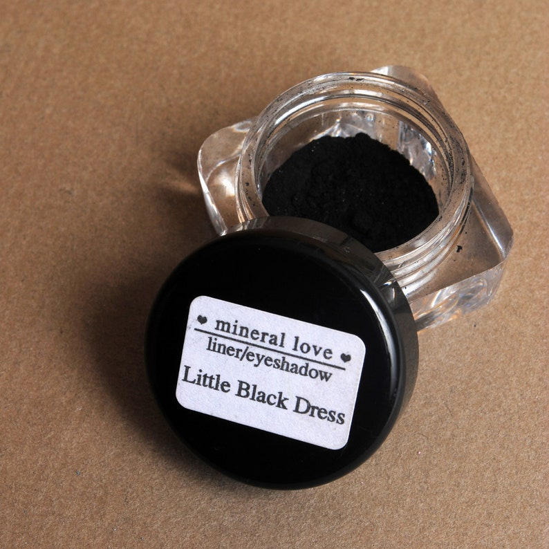 Little Black Dress Small Size Eyeshadow image 0