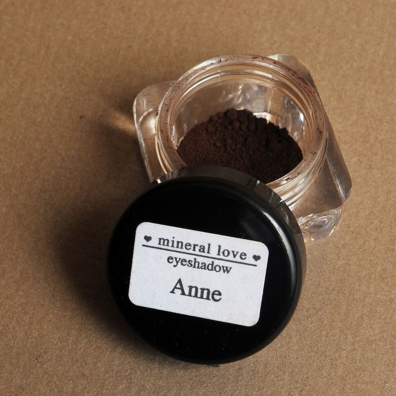 Anne Small Size Eyeshadow image 0
